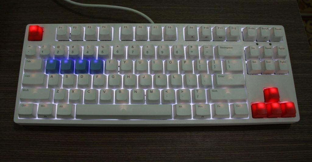 led-ban-phim-co-ikbc-c87-white-blue