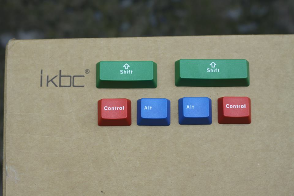 ban-phim-co-ikbc-g87-rgb-keycap