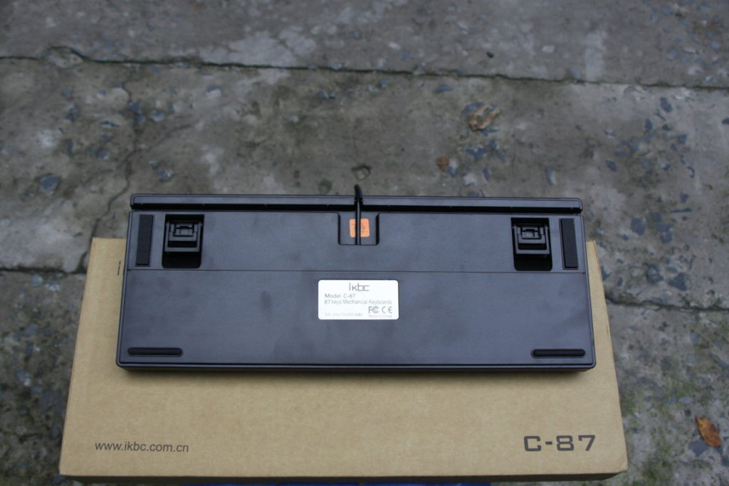 ban-phim-co-ikbc-c87-black-1