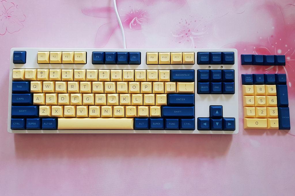 dsa-yellow-blue-pbt